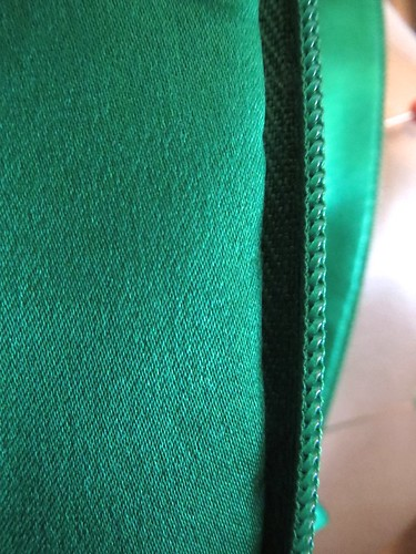 Invisible Hand Stitch Lining to Zipper | by sewyerown