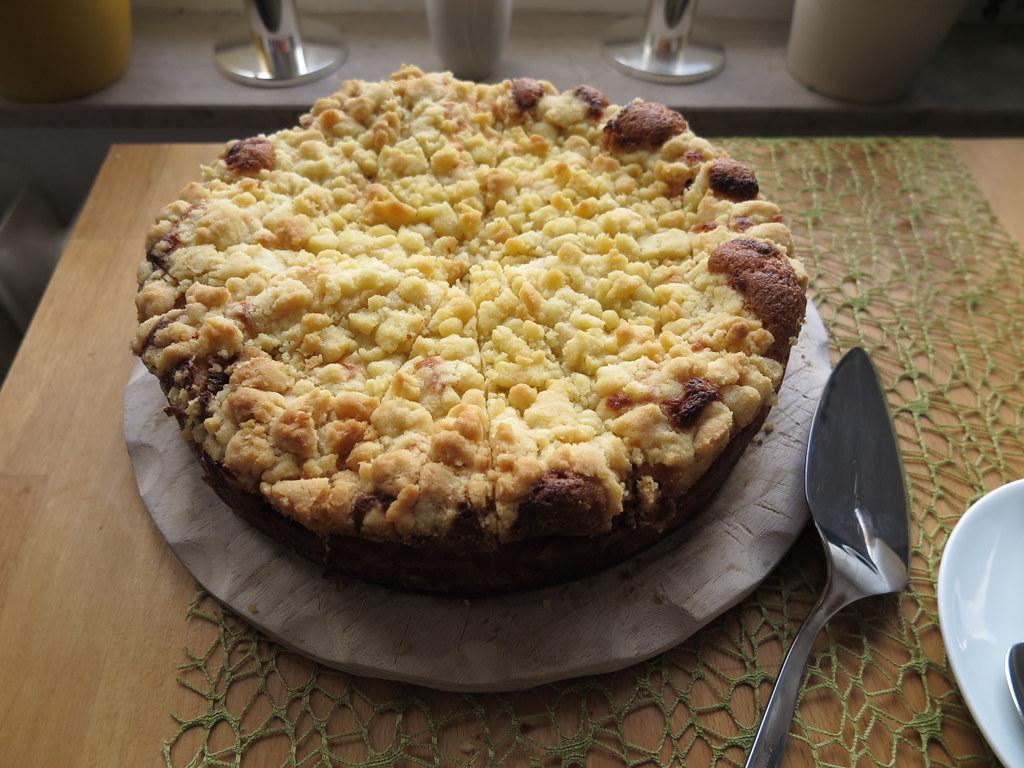 Quark Zwetschgen Kuchen Mit Streuseln Link Zum Rezept Gou Flickr