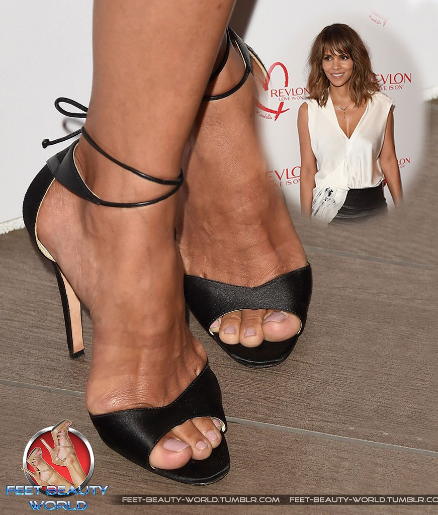 Fappening Feet Halle Berry naked photo 2017