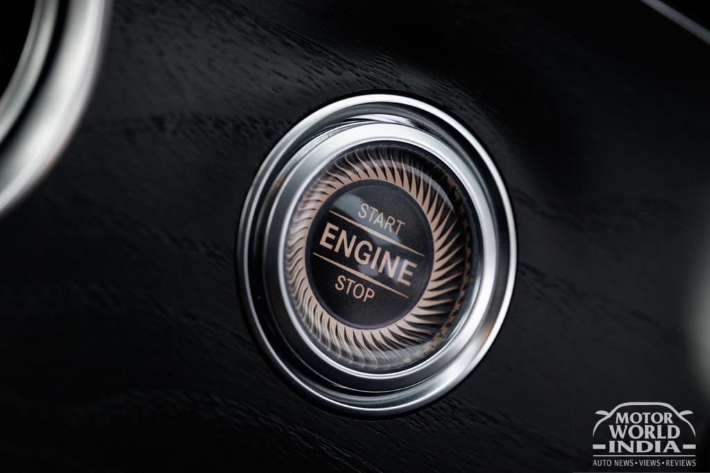 2017-Mercedes-Benz-E-Class-LWB-Interior (19)