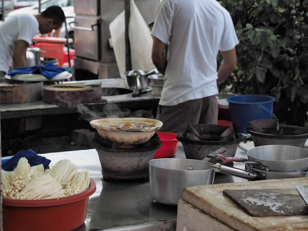 Cooking our Bak Kut Teh.
