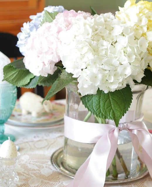 No-Fuss-Easter-Tablescape-2-of-16
