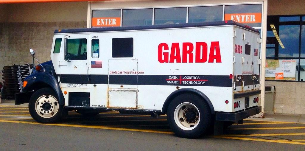Garda Armored Truck Vehicle.   Garda Armored Truck Vehicle. …   Flickr