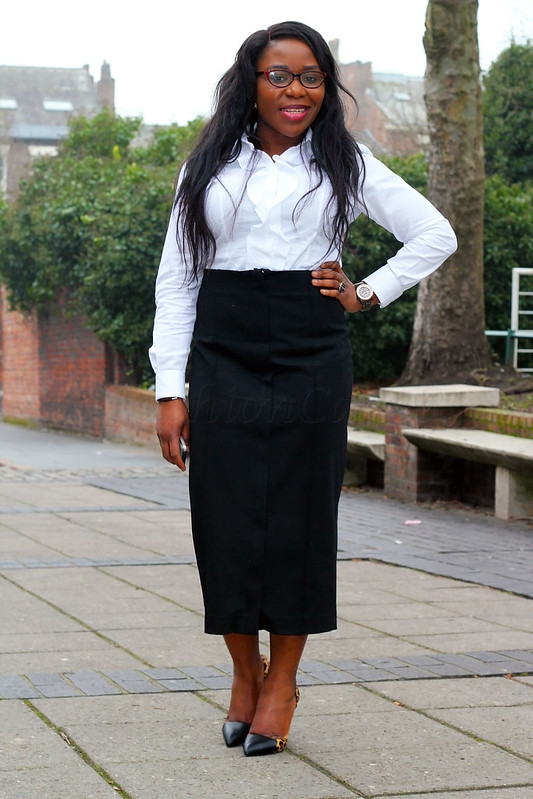 monochrome-out-white-ruffle-shirt-black-front-zip-skirt,zip front midi skirt, black zip front midi skirt, zipper front skirt, black zipper front midi length skirt