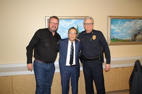 Cónsul Encargado de México en Denver visita a alcalde de Commerce City
