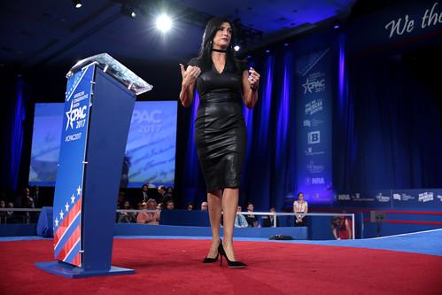 National Harbor Maryland >> Dana Loesch | Dana Loesch speaking at the 2017 Conservative … | Flickr