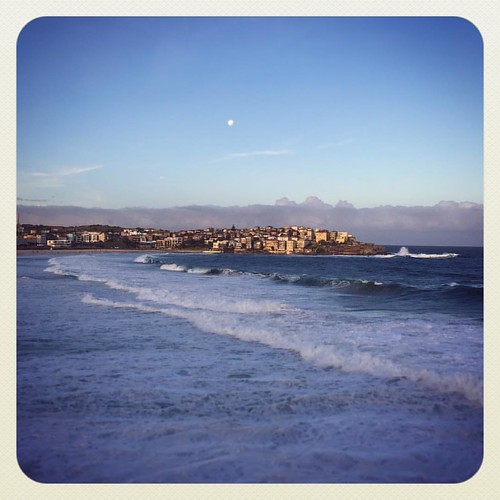 Friday Views #atbondi #sydney #beach #scene #icebergs #lovemyhome #bondi | by andy@atbondi