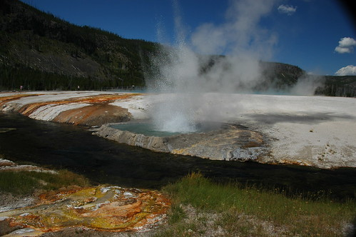 Cliff Geyser erupting (11 August 2011) 01 | by James St. John