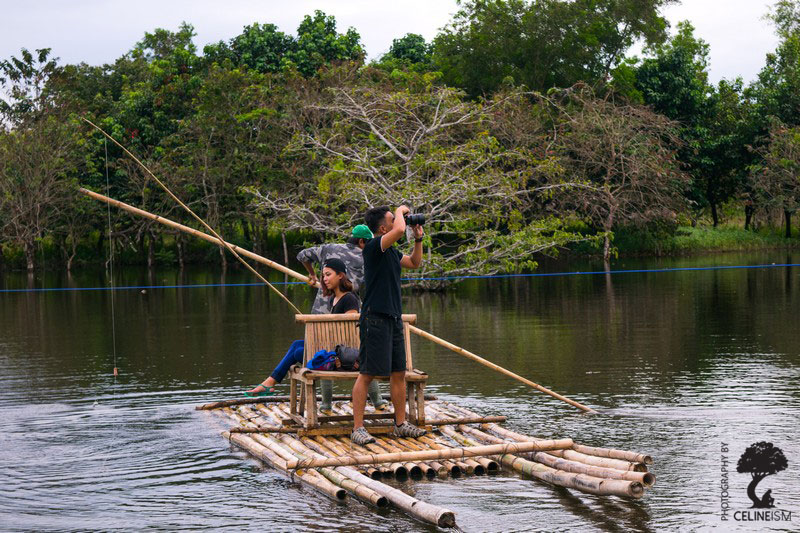 Bamboo raft to cross the river