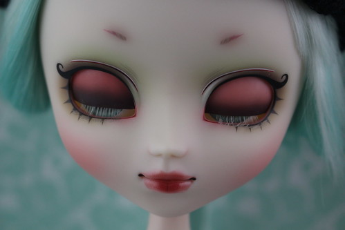 My Melody x Hen-nako Eyelids