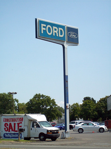 old ford dealership road sign you don 39 t see many of these flickr. Black Bedroom Furniture Sets. Home Design Ideas