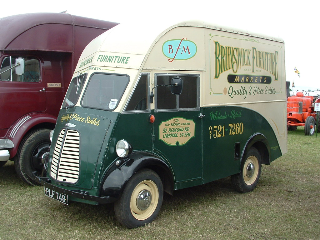 ... Morris J Type Brunswick Furniture Van PLF749 | By Shaun Ballisat  (Transport Photos)