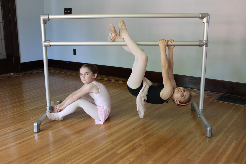 Diy Freestanding Ballet Barre Find Out More On How To Buil Flickr