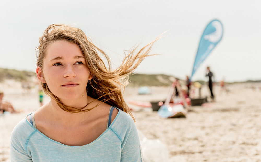 Beautiful young girl - SURFJOINT 2014