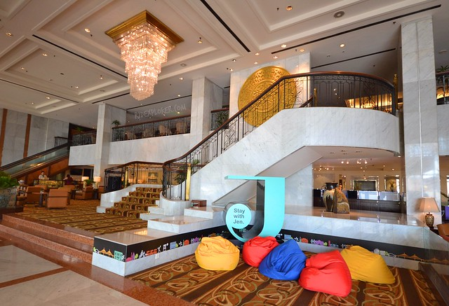hotel jen penang lobby