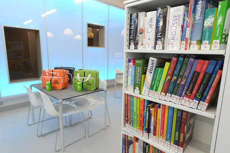 SODA - Collection d'aide aux devoirs: livres de référence et manuels scolaires