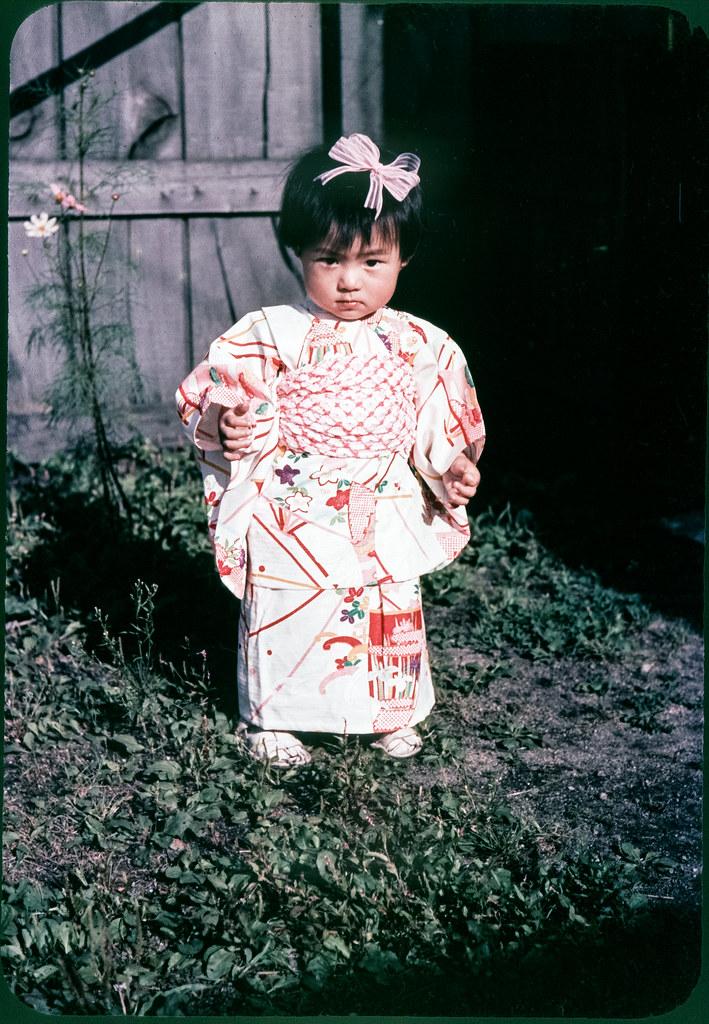 ... Cute Child in Kimono - 1950s Japan | by Vintage Japan-esque  sc 1 st  Flickr & Cute Child in Kimono - 1950s Japan | A cute girl in a kimonou2026 | Flickr