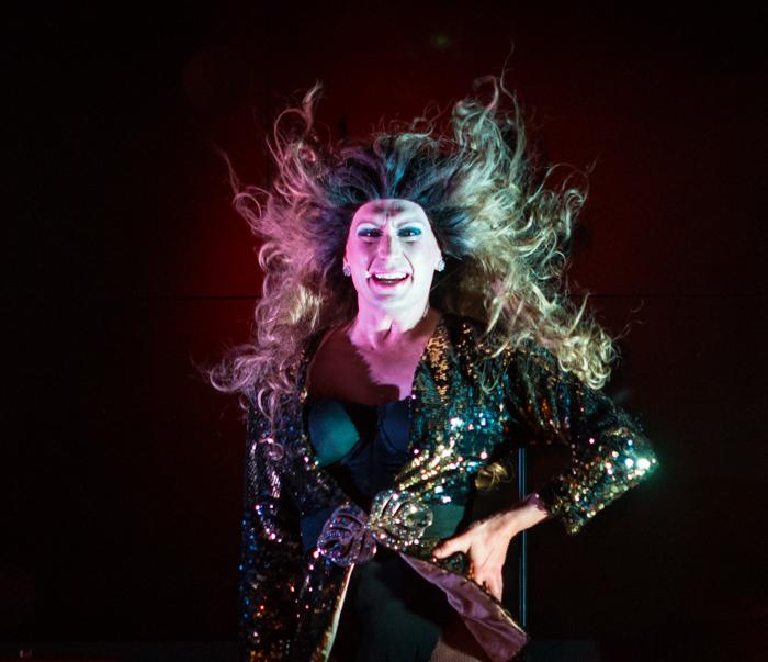 Silja Megastar esiintyjä dragshow divet show marko vaino drag queen jennifer lopez