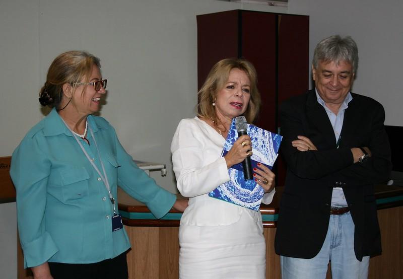 Diretora da FFLCH é homenageada no Dia Internacional da Mulher