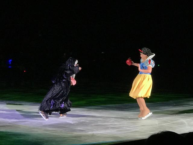 Disney On Ice - Snow White & the Witch