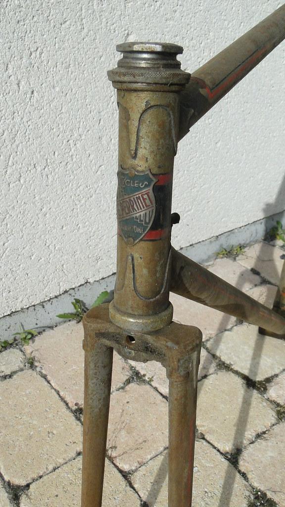 """ancien course fin des années 30 identifié comme """" cycles G perrinet"""" 14251158359_3697316d0f_b"""