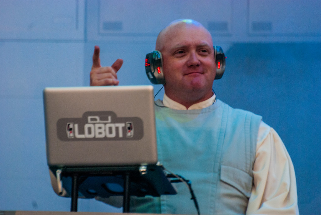 dj lobot picture from the final star wars weekend 2014 andy