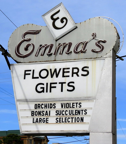 Emma's Flowers neon sign