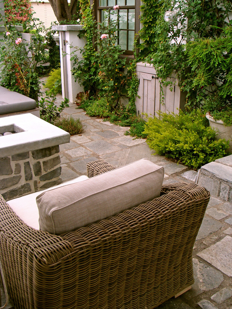 San Diego English Cottage Garden | Mature English style cott… | Flickr
