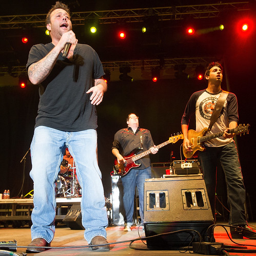 Uncle Kracker - Bands in the Backyard 2014