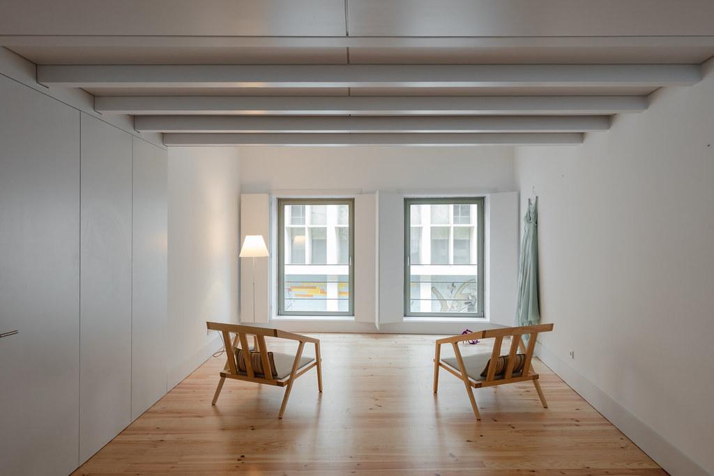 Duplex flat design in Porto by Portuguese architectural studio PF Arch Sundeno_15