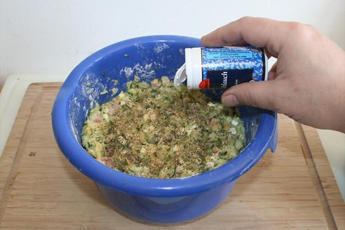27 - Mit Knoblauch würzen / Season with garlic