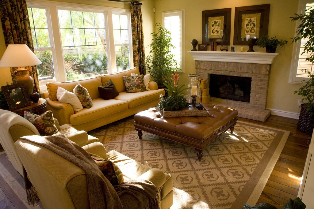 Luxury Home Living Room With A Fireplace Tns Sofres Flickr