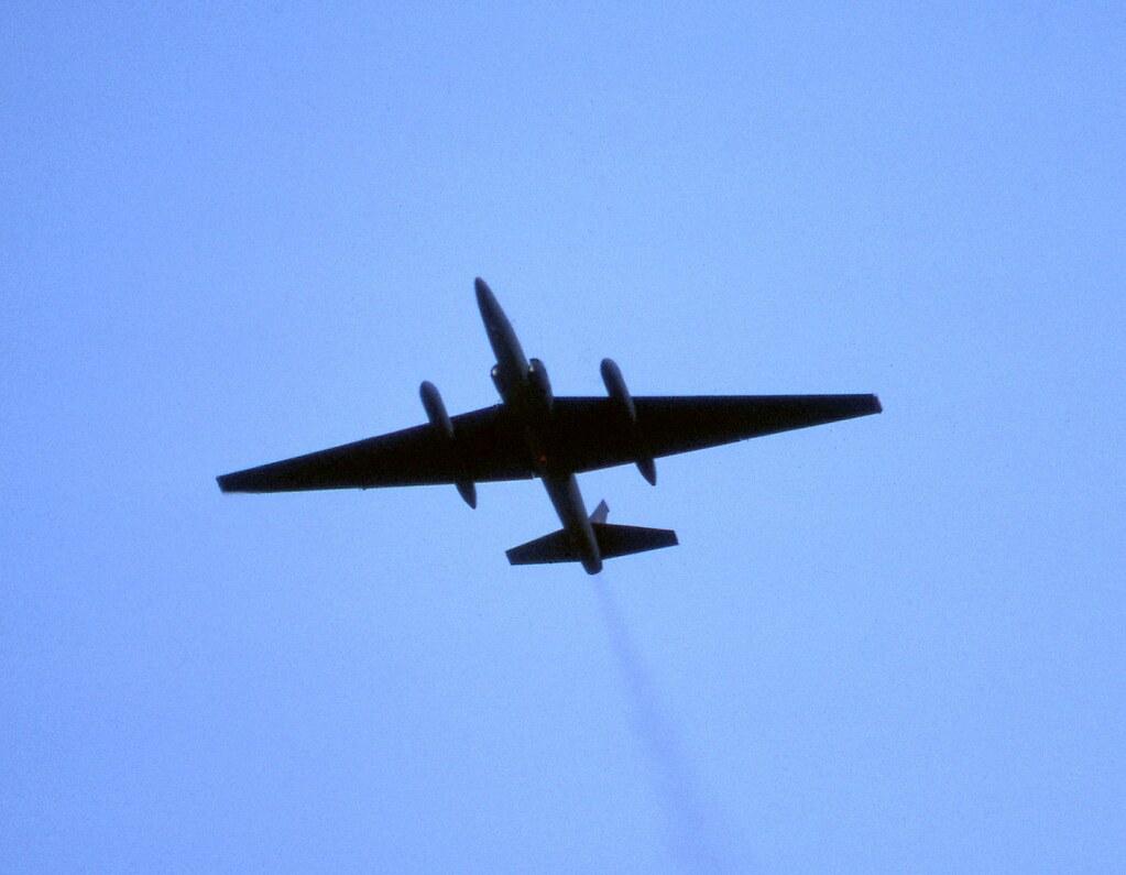 ... Lockheed TR-1A (U2) 80-1068 near vertical take off at the