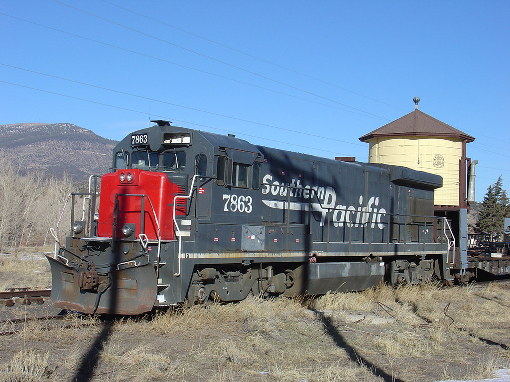 ... Ex-Southern Pacific GE B30-7 7863 in South Fork, CO | by
