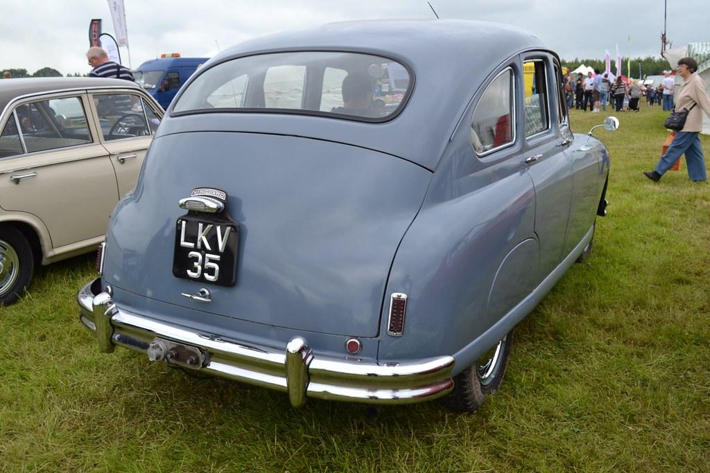 1952 Standard Vanguard Phase IA – LKV 35   This particular V…   Flickr