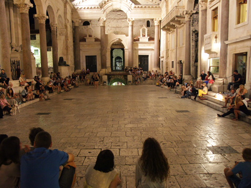 Split piazza | by David Finckel and Wu Han