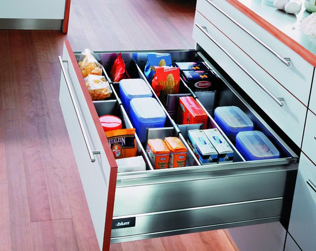 For super organized kitchen drawers, use internal dividers likes these.