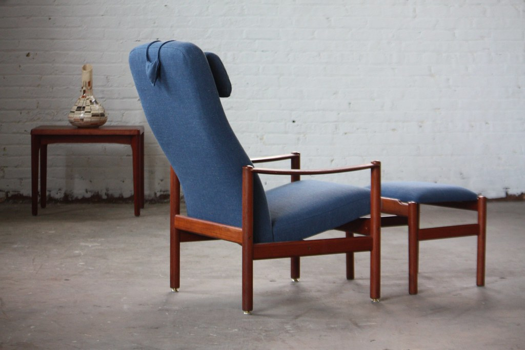 Superieur ... Immaculate Scandinavian Midcentury Modern Westnofa Teak Recling Lounge  Chair And Ottoman (Norway, 1960s)