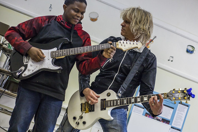 Kids jam with rock star at Major Chords for Minors