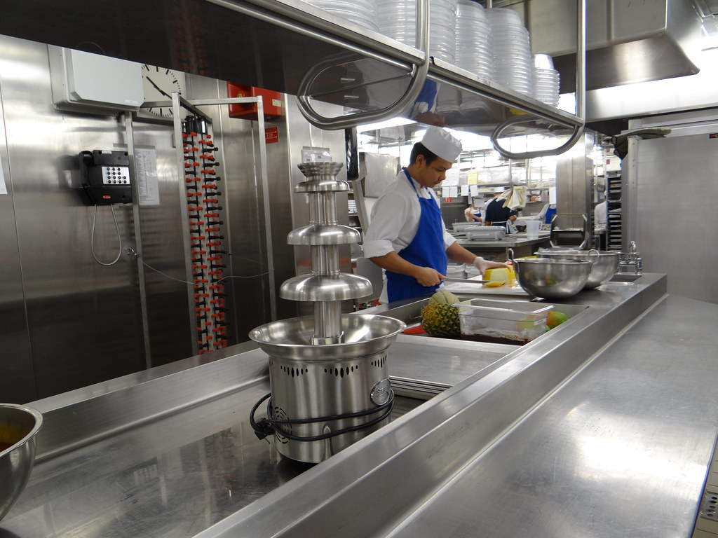 Crystal Serenity Cruise Ship Kitchen Galley Tour Gary Bembridge - Cruise ship kitchen
