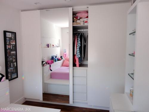 Quarto de menina cama tipo tatami com gaveteiros inferior - Cama tipo tatami ...