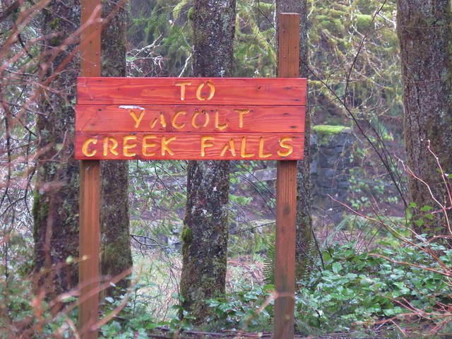 Sign for Yacolt Creek Falls