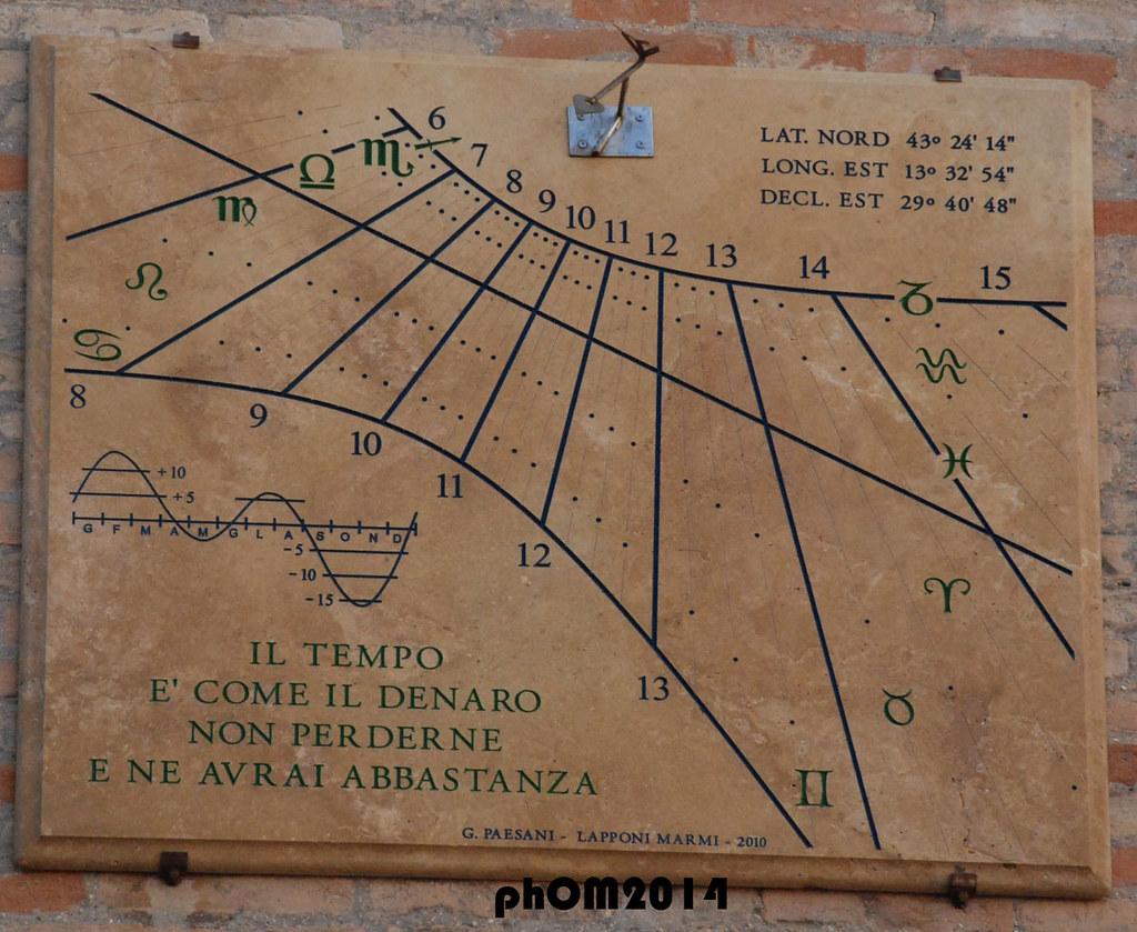 nuovo concetto 2fa67 3cc61 Orologio Solare - Piazza Leopardi - Recanati   spalluzza ...