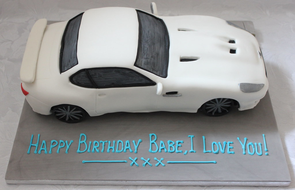 Aston Martin Birthday Cake Pauls Creative Cakes Flickr