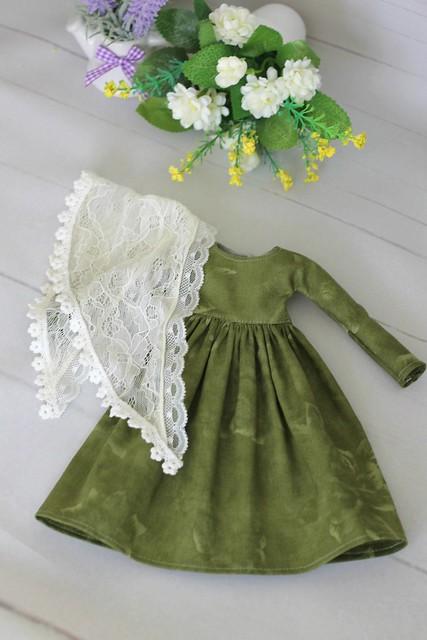 Mori-dress and neckerchief
