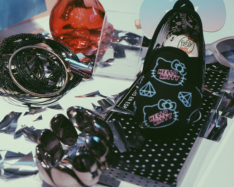 Flossy Hello Kitty Shoes