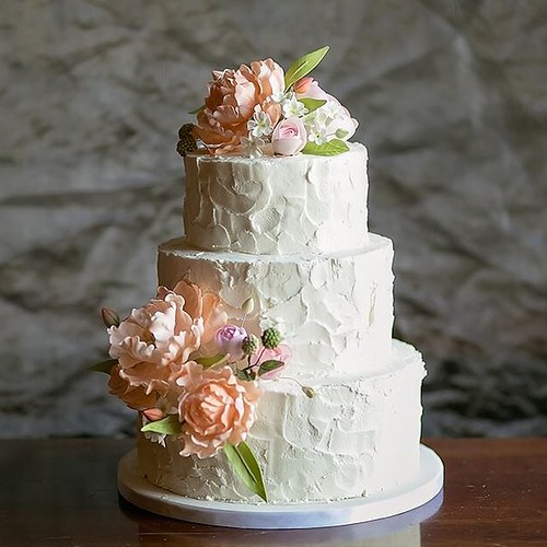 Gumpaste Flowers For Wedding Cakes: Rustic Buttercream Wedding Cake With Hand-sculpted Gumpast