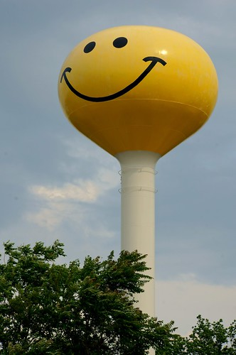 Smiley Face Water Tower - Route 66, Atlanta, Illinois | by RoadTripMemories