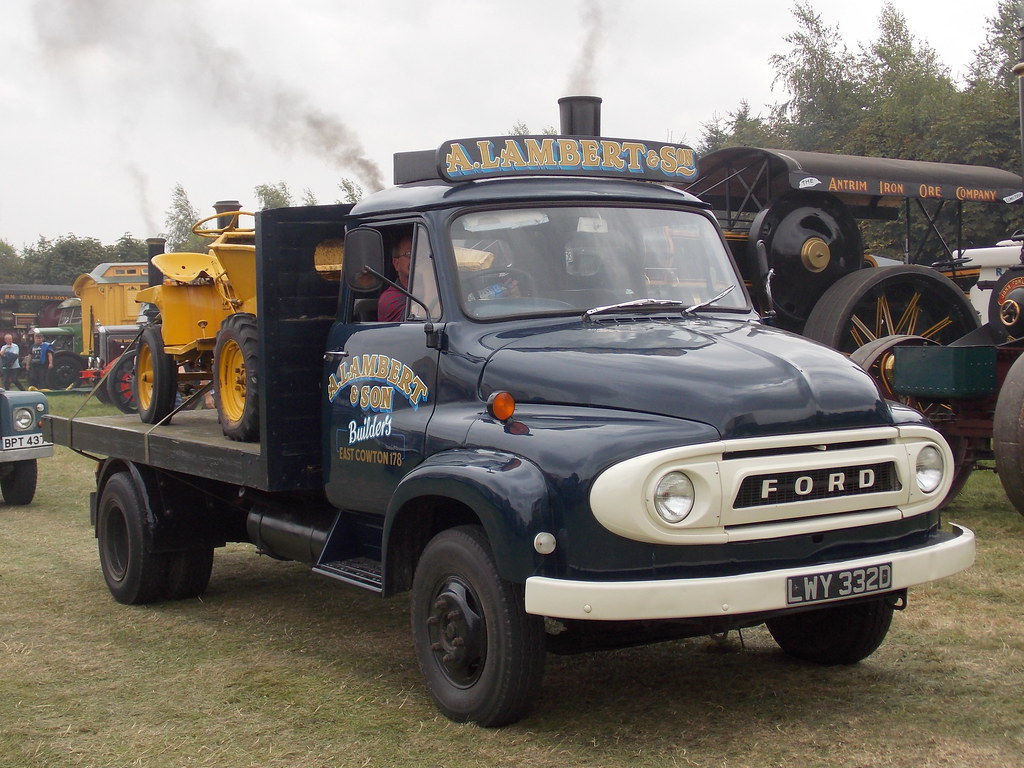 ... 1966 Ford Thames Trader K300 dropside lorry | by Zack's Motor Photos