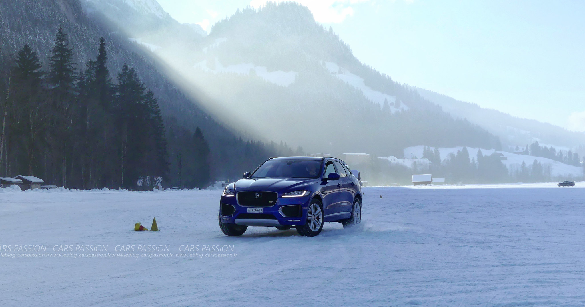 Ice Driving Experience Jaguar et LandRover à Gstaad